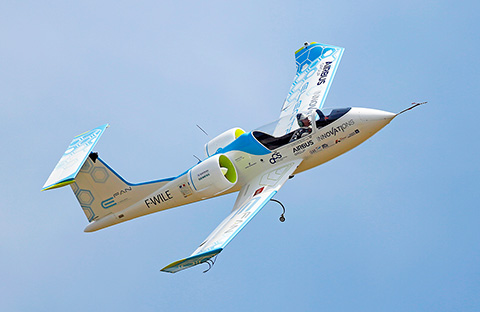 Didier Esteyne flying the 600kg Airbus E-Fan all-electric powered aircraft successfully crossed the English Channel (74 km) in 36 minutes on 10 July 2015, reenacting Louis Blériot's historic flight of 1909. ©M. Koumpanietz