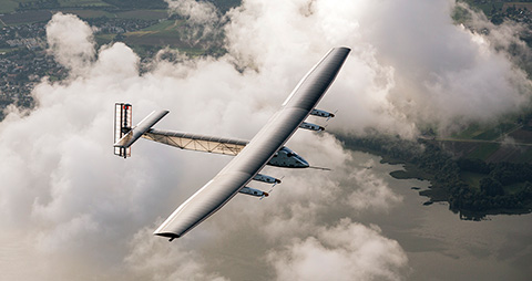 Solar Impulse 2 has a take-off mass of 2,000 kg. It is however a very big aircraft 21.85 m long and with a wingspan of 63.4 m. The huge wing contains 11,628 photovoltaic cells rated at 45 kW peak: 200 m2 (2,200 sq ft). They provide energy for the four electric motors providing 7.5 kW (10 HP) each. ©Solar Impulse