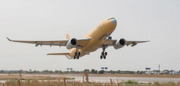First A330 MRTT Phénix for France performs maiden flight